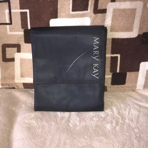 Mary Kay travel roll up bag with hanger damaged